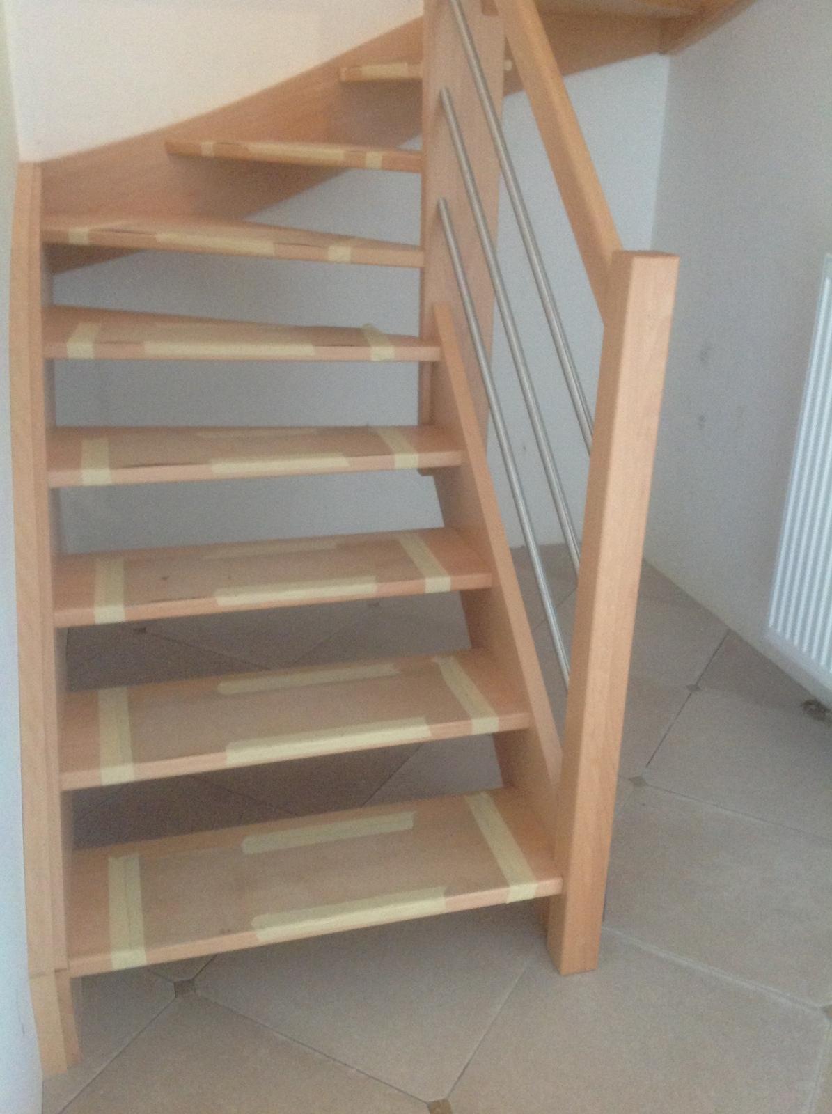 menuiserie escalier bois id e int ressante pour la conception de meubles en bois qui inspire. Black Bedroom Furniture Sets. Home Design Ideas